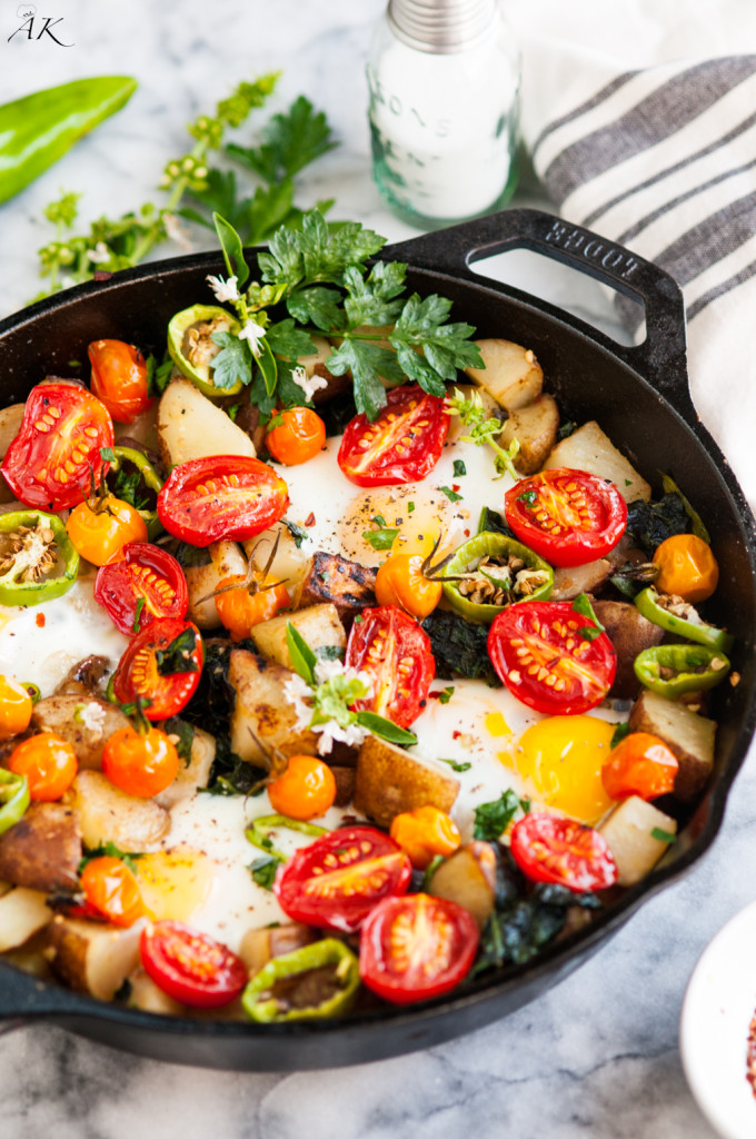 Skillet Eggs and Potato Garden Breakfast