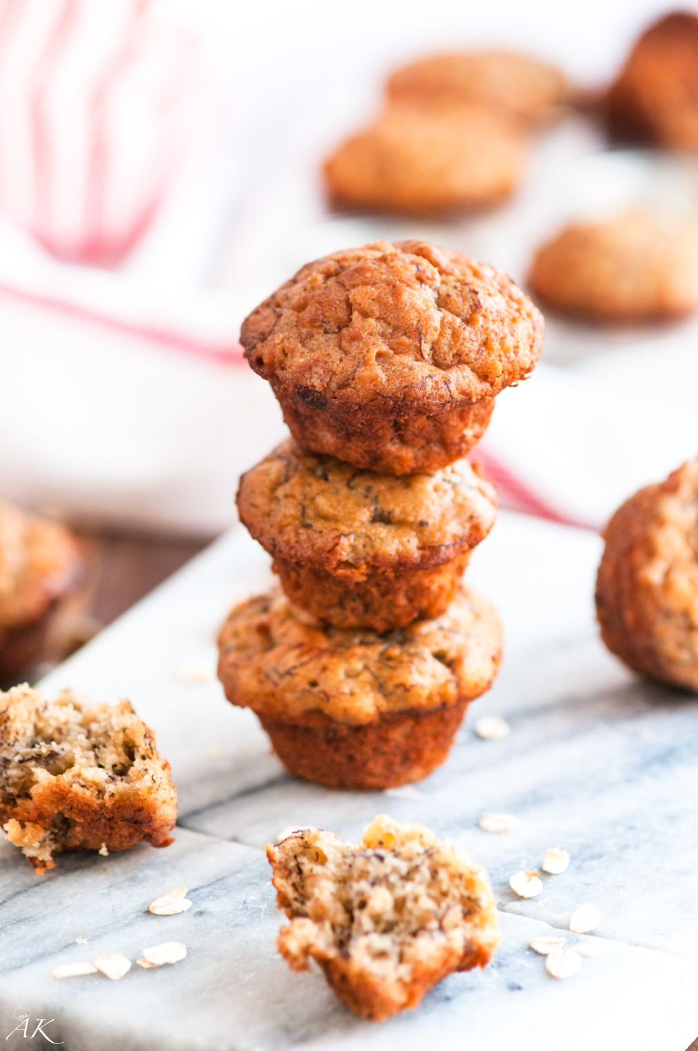 Mini Banana Oat Muffins