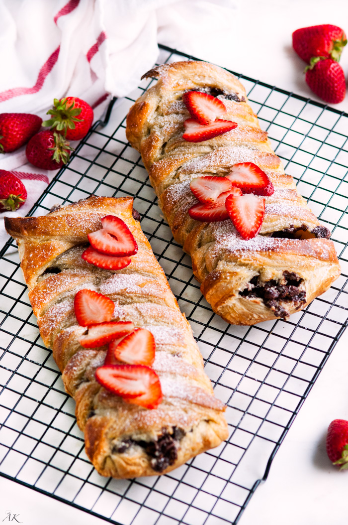 Strawberry And Chocolate Braid Puff Pastry