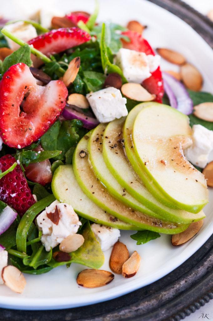 Strawberry Spinach Arugula Salad | aberdeenskitchen.com