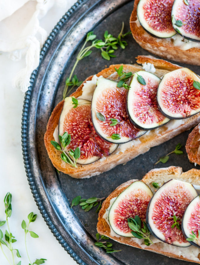 Fresh Fig Gorgonzola Bruschetta