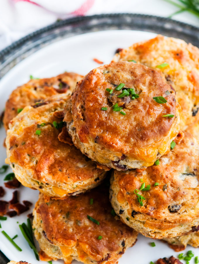 Flaky Bacon Cheddar Buttermilk Biscuits