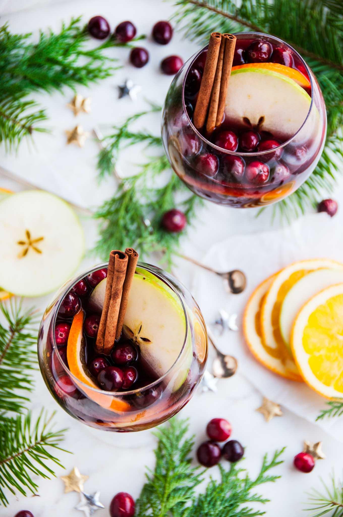 Christmas Sangria.Red Wine Christmas Sangria Aberdeen S Kitchen