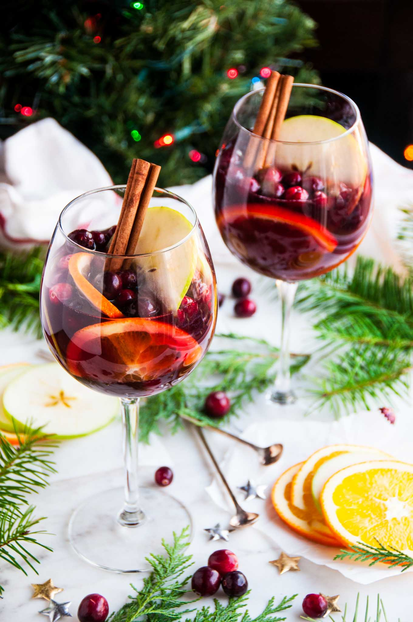 red wine christmas sangria aberdeenskitchencom - Wine Christmas