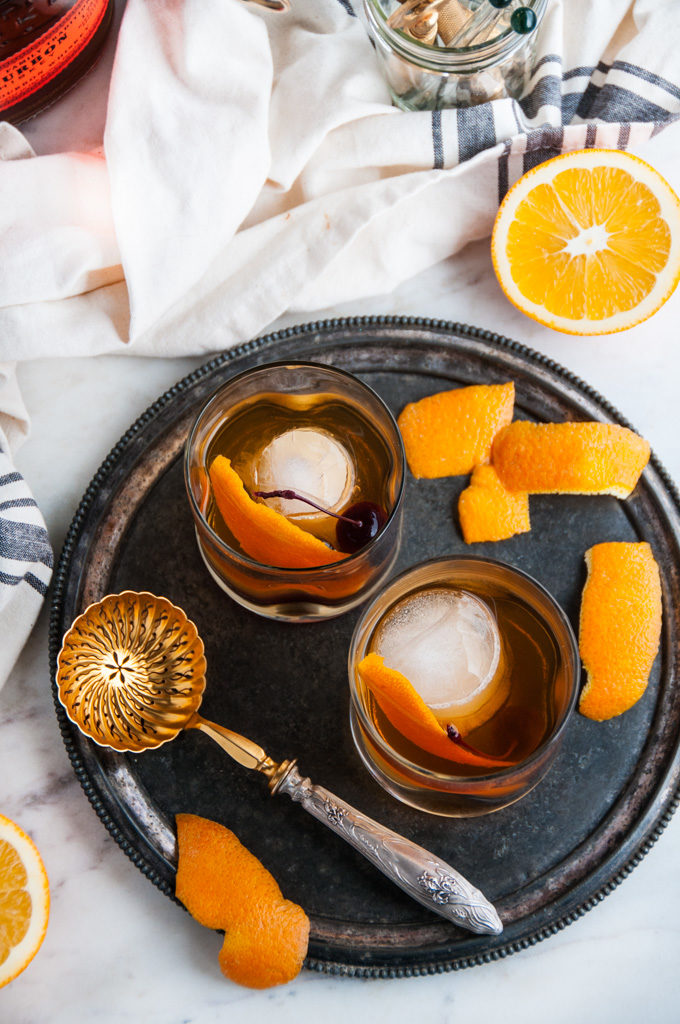 Classsic Old Fashioned Cocktail | aberdeenskitchen.com