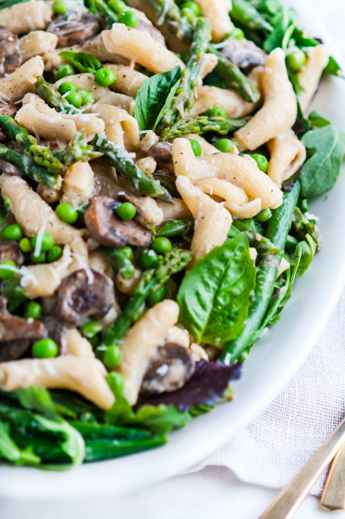 Spring Vegetable Mushroom Pasta Alfredo | aberdeenskitchen.com