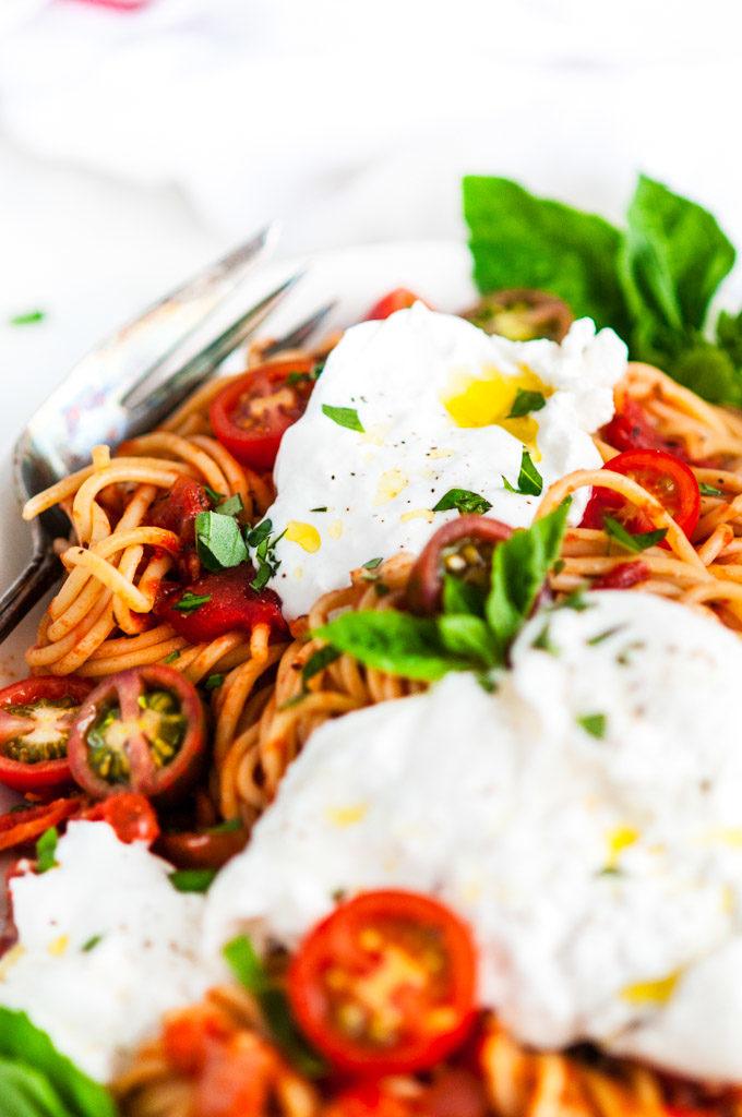 Tomato Basil Spaghetti with Burrata Close Up with Fork