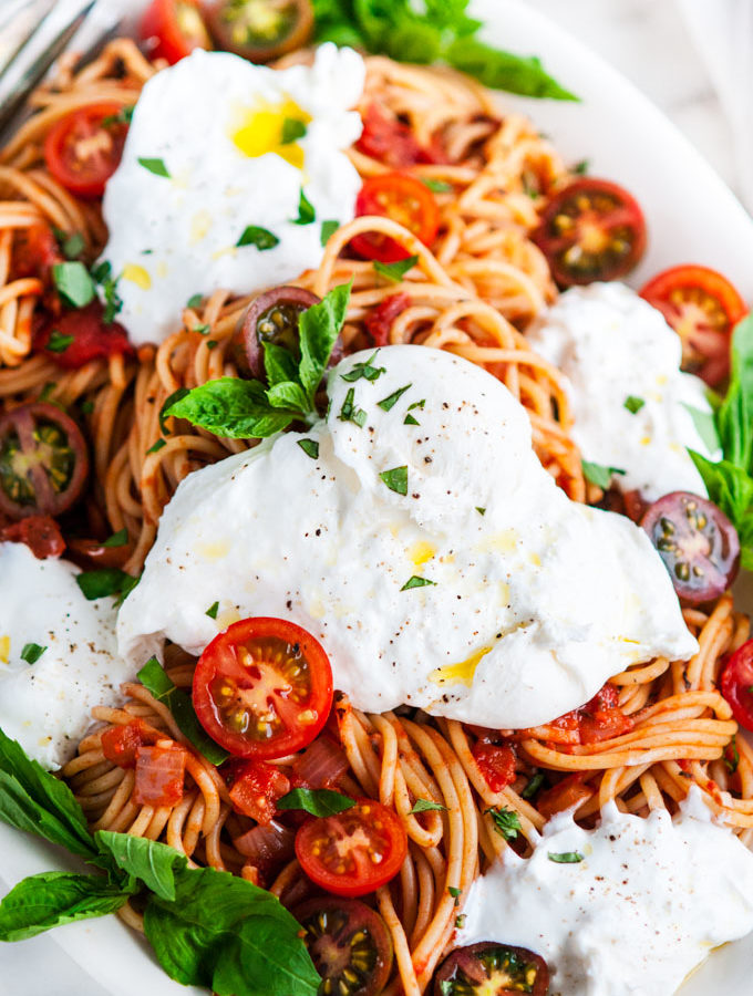 Simple Tomato Basil Spaghetti with Burrata