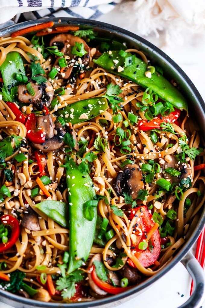 Spicy Thai Noodle Stir Fry Aberdeen S Kitchen