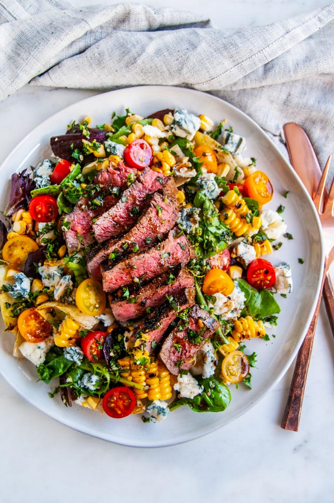 Balsamic Steak Gorgonzola Salad With Grilled Corn Aberdeen S Kitchen
